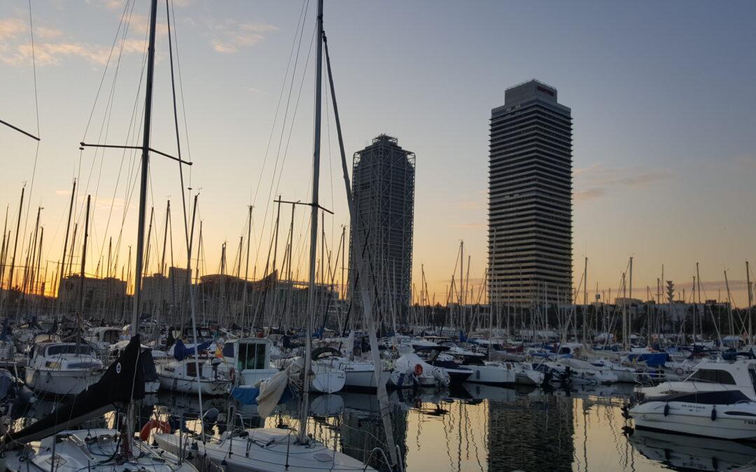 Un día de mar de Barcelona a Masnou alquilando un barco.