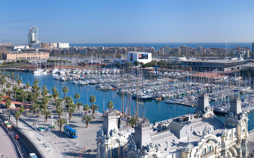 Barcelona desde el Mar: El Port Vell. Alquila un barco.