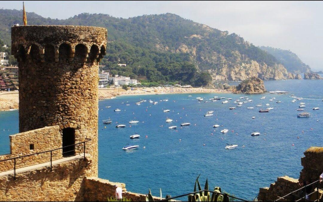 Alquilar barco Tossa de Mar, el paraíso azul.